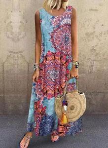 Sukienka Cikelly maxi z dekoltem w kształcie litery v na ramiączkach