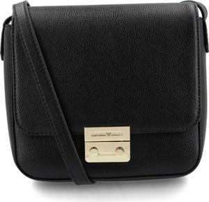 Czarna torebka Emporio Armani średnia na ramię