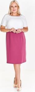 Różowa sukienka Fokus dla puszystych z okrągłym dekoltem midi