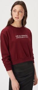 Czerwona bluza Sinsay krótka z bawełny