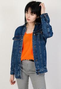 Kurtka Olika w street stylu z jeansu