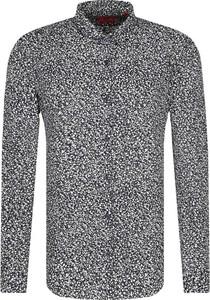 Koszula Hugo Boss w młodzieżowym stylu z długim rękawem