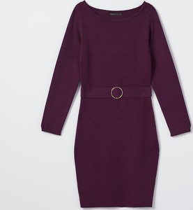 Fioletowa sukienka Mohito dopasowana z okrągłym dekoltem