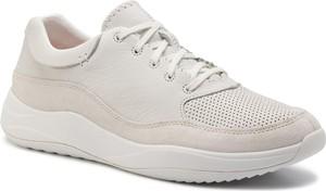 Buty sportowe Clarks z zamszu w sportowym stylu