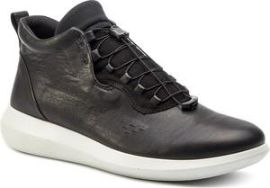 Buty sportowe Ecco w sportowym stylu