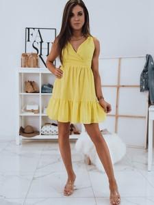 Żółta sukienka Dstreet z dekoltem w kształcie litery v