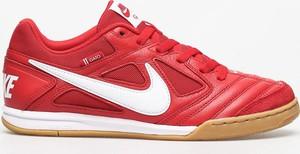 Czerwone buty sportowe Nike sb