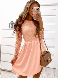 Różowa sukienka Pakuten z bawełny
