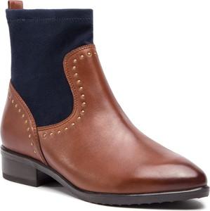 f646a2b3378fb Brązowe buty damskie Caprice, kolekcja wiosna 2019