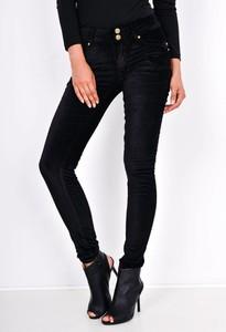 Czarne spodnie Zoio z zamszu w street stylu