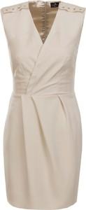 Sukienka Elisabetta Franchi z dekoltem w kształcie litery v kopertowa ze skóry ekologicznej