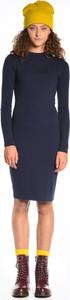 Granatowa sukienka Gate midi ołówkowa z długim rękawem