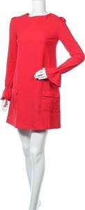 Czerwona sukienka Cuple prosta z długim rękawem w stylu casual
