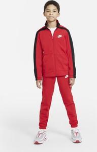 Czerwony dres dziecięcy Nike z dzianiny