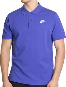 Niebieska koszulka polo Nike w sportowym stylu z krótkim rękawem
