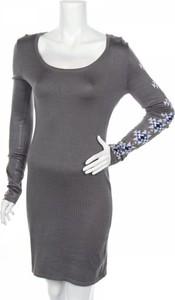 Sukienka Say What z okrągłym dekoltem z długim rękawem mini