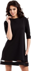 Czarna sukienka MOE z okrągłym dekoltem z tiulu w stylu casual