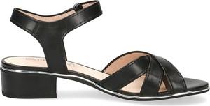 Czarne sandały Caprice z klamrami ze skóry na obcasie