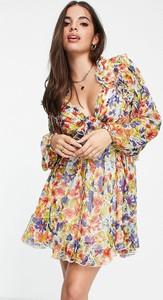 Sukienka Asos z długim rękawem w stylu casual z dekoltem w kształcie litery v