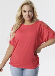 Różowa bluzka born2be z krótkim rękawem w stylu casual