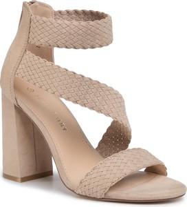 Brązowe sandały Jenny Fairy na wysokim obcasie