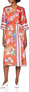 Różowa sukienka rinascimento