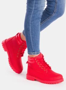 Czerwone trapery damskie deezee