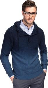 Granatowy sweter giacomo conti w stylu casual