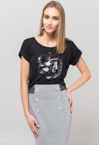 Czarna bluzka Monnari w street stylu z krótkim rękawem