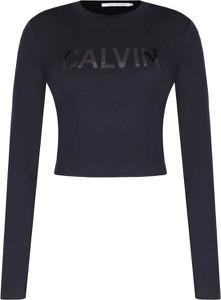 Niebieska bluzka Calvin Klein z długim rękawem z okrągłym dekoltem w stylu casual
