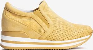 Żółte buty sportowe Gemre.com.pl w sportowym stylu