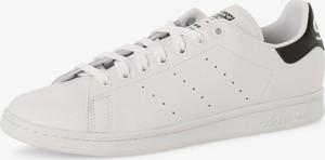 Białe trampki i tenisówki męskie adidas stan smith, kolekcja