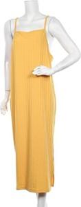 Sukienka Nelly Trend maxi z okrągłym dekoltem