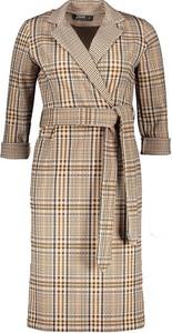Brązowa sukienka Awama kopertowa w stylu casual mini