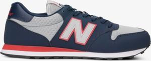 Niebieskie buty sportowe New Balance w sportowym stylu