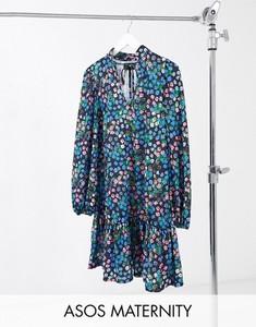 ASOS DESIGN Maternity – Czarna, luźna sukienka mini z wiązaniem pod szyją, falbaną i wzorem w niebieskie kwiaty-Czarny