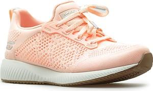 Buty sportowe Skechers sznurowane w sportowym stylu z płaską podeszwą