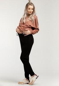 Czarne spodnie Que z dresówki