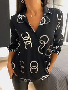Bluzka ModnaKiecka.pl w stylu casual z dekoltem w kształcie litery v z długim rękawem
