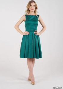 Zielona sukienka Rokado mini bez rękawów z dekoltem na plecach