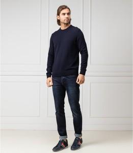 Granatowy sweter Hugo Boss z wełny w stylu casual