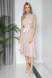 Sukienka Maravilla Boutique midi z okrągłym dekoltem bez rękawów