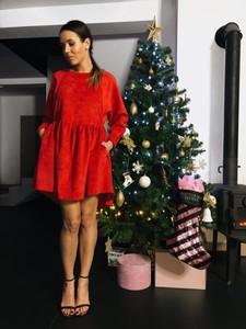 Sukienka Papaya Atelier oversize z długim rękawem z bawełny