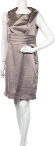 Sukienka Stockh Lm z okrągłym dekoltem