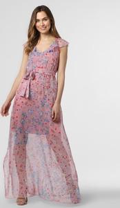Różowa sukienka Hugo Boss z dekoltem w kształcie litery v