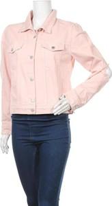 Różowa kurtka NA-KD krótka
