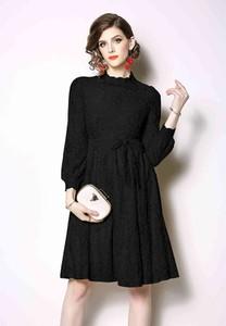 Sukienka Kaimilan z długim rękawem rozkloszowana