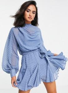 Sukienka Asos mini w stylu casual z długim rękawem