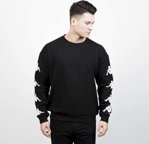 Czarna bluza Kappa w młodzieżowym stylu