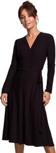 Czarna sukienka BeWear w stylu casual z długim rękawem z dekoltem w kształcie litery v